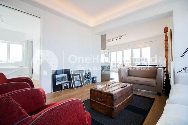 Photo d'une salle à louer à Elsene, Bruxelles, Dans le penthouse de Julien 12435