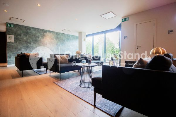 Feestzaal verhuren in Berchem(Antwerp), Antwerpen, In de Boardroom & Lounge Greenhouse Antwerp 12698