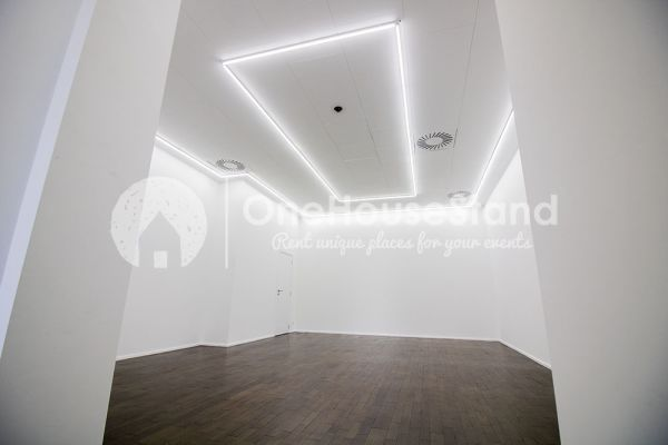 Picture of an event venue rental in Saint-Gilles, Brussels, Inside Rebecca's gallery 13262