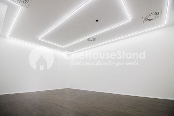 Picture of an event venue rental in Saint-Gilles, Brussels, Inside Rebecca's gallery 13266