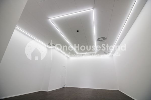 Picture of an event venue rental in Saint-Gilles, Brussels, Inside Rebecca's gallery 13268