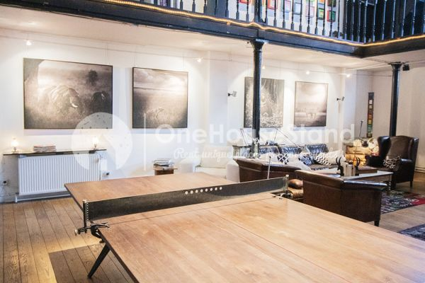 Picture of an event venue rental in Laeken(Brusselss), Brussels, Inside Eric's gallery 13755