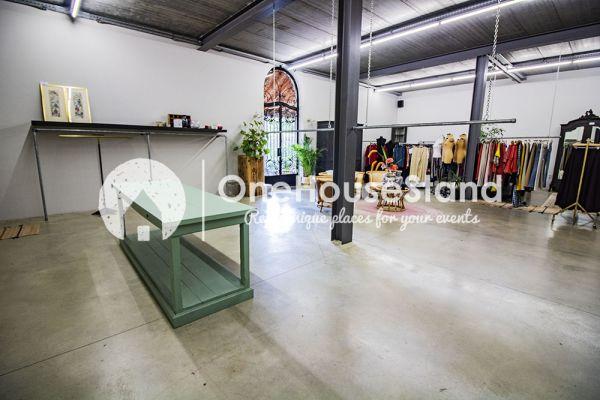 Photo d'une salle à louer à Herselt, Anvers, Dans le magasin de Diana 16969