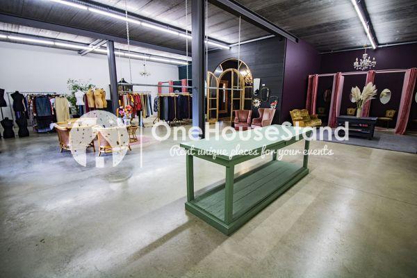 Photo d'une salle à louer à Herselt, Anvers, Dans le magasin de Diana 16970