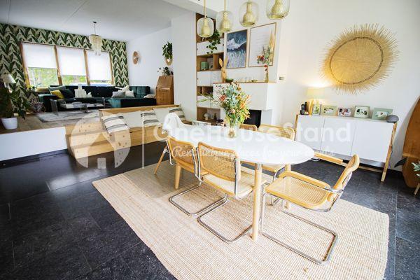Photo d'une salle à louer à Elsene, Bruxelles, Dans la maison d'Audrey & Jean-Charles 14127