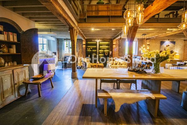 Picture of an event venue rental in Vremde, Antwerp, Inside Dirk's shop 14272