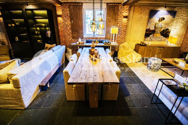 Picture of an event venue rental in Vremde, Antwerp, Inside Dirk's shop 14283