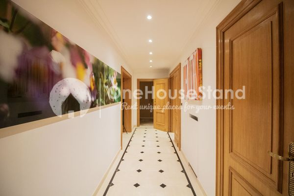 Picture of an event venue rental in Elsene, Brussels, Inside John-Alexander's lounge space 14513