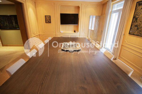 Photo d'une salle à louer à Elsene, Bruxelles, Dans l'espace lounge de John-Alexander 14517