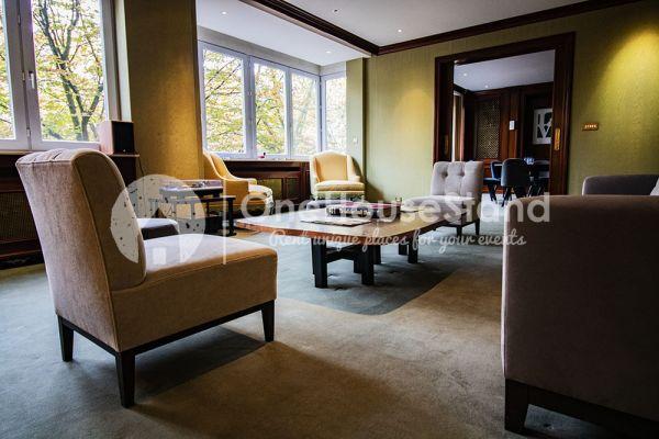 Photo d'une salle à louer à Elsene, Bruxelles, Dans l'espace lounge de John-Alexander 14600