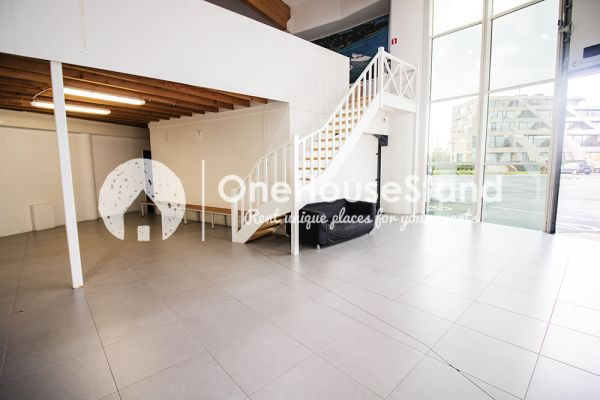 Picture of an event venue rental in Nieuport, West Flanders, Inside Laurent's showroom 15165