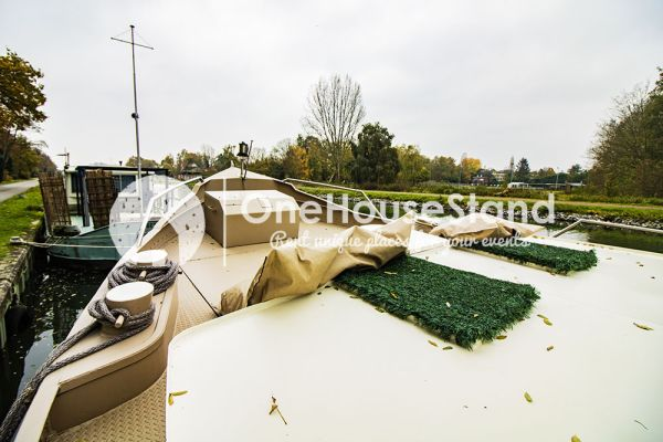 Picture of an event venue rental in Malines, Antwerp, Inside Tom's houseboat 15268