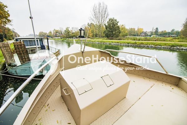 Picture of an event venue rental in Malines, Antwerp, Inside Tom's houseboat 15269