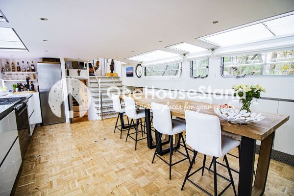 Picture of an event venue rental in Malines, Antwerp, Inside Tom's houseboat 15295