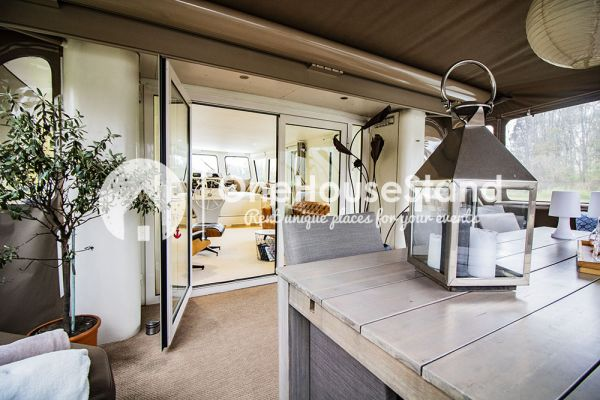 Picture of an event venue rental in Malines, Antwerp, Inside Tom's houseboat 15316