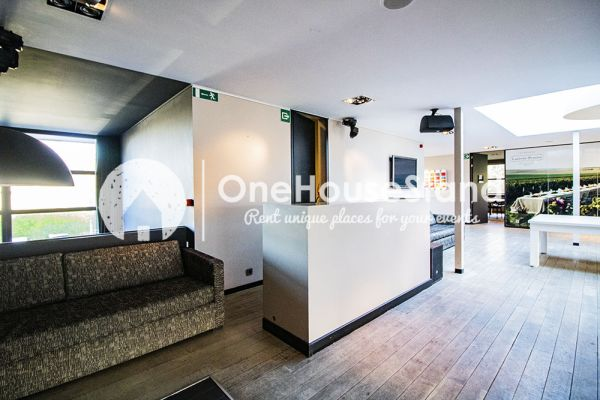 Picture of an event venue rental in Uccle, Brussels, Inside John-Alexander's club 16277