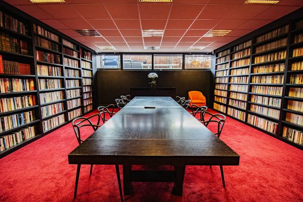 Picture of an event venue rental in Uccle, Brussels, Inside John-Alexander's (2) meeting room 16391