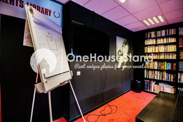Picture of an event venue rental in Uccle, Brussels, Inside John-Alexander's (2) meeting room 16393