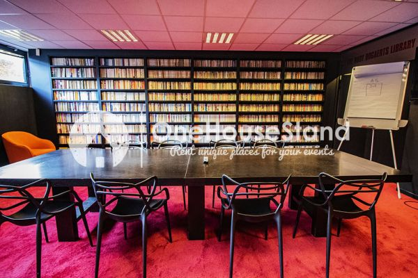 Picture of an event venue rental in Uccle, Brussels, Inside John-Alexander's (2) meeting room 16396