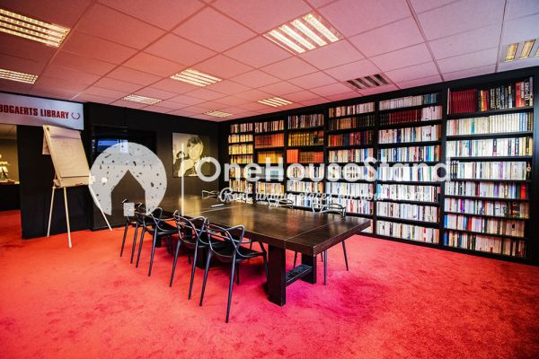 Picture of an event venue rental in Uccle, Brussels, Inside John-Alexander's (2) meeting room 16401