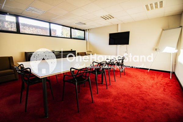 Picture of an event venue rental in Uccle, Brussels, Inside John-Alexander's (3) meeting room 16485
