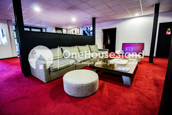 Picture of an event venue rental in Uccle, Brussels, Inside John-Alexander's (4) meeting room 16502