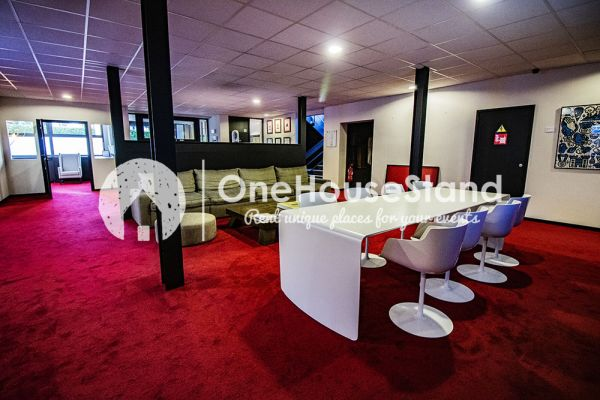 Picture of an event venue rental in Uccle, Brussels, Inside John-Alexander's (4) meeting room 16503