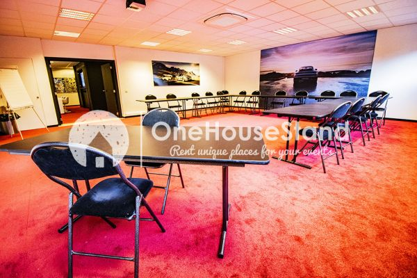 Picture of an event venue rental in Uccle, Brussels, Inside John-Alexander's (4) meeting room 16517