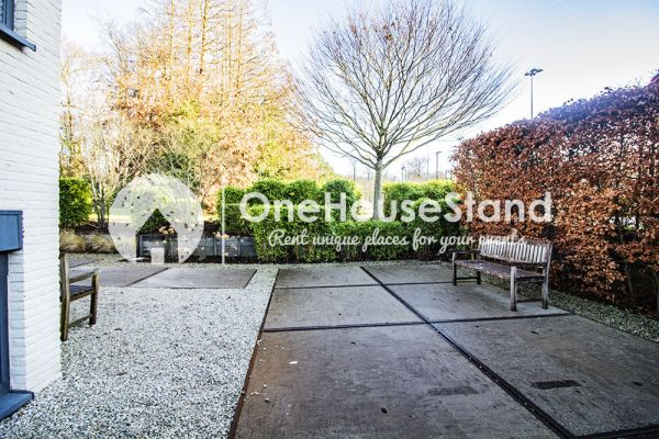 Picture of an event venue rental in Uccle, Brussels, Inside John-Alexander's (5) meeting room 16546