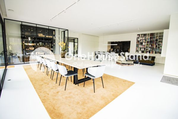 Picture of an event venue rental in Onze-Lieve-Vrouw-Lombeek, Flemish Brabant, Inside Deaur's living room 18097