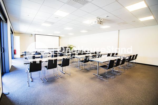 Picture of an event venue rental in Onze-Lieve-Vrouw-Lombeek, Flemish Brabant, Inside Deaur's meeting room 18153