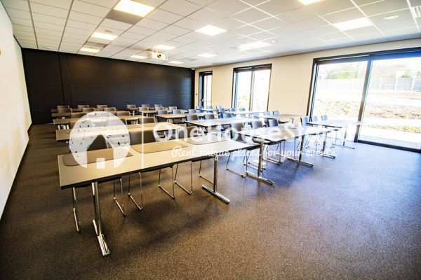 Picture of an event venue rental in Onze-Lieve-Vrouw-Lombeek, Flemish Brabant, Inside Deaur's meeting room 18156