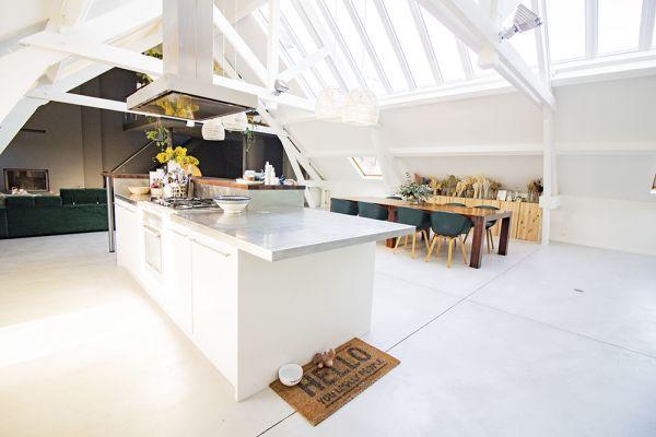 Photo d'une salle à louer à Anderlecht, Bruxelles, Dans le loft d'Elo 20627