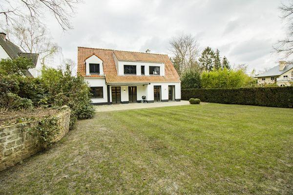 Photo d'une salle à louer à Rhode-Saint-Genèse, Brabant Flamand, Dans la villa de François-Xavier 20825