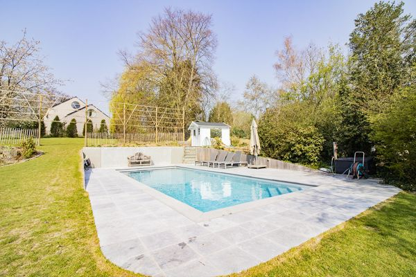 Picture of an event venue rental in Limal, Walloon Brabant, Inside Julie & Arnaud's house 21123