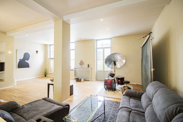 Picture of an event venue rental in Saint-Gilles, Brussels, Inside Ramzi's duplex 21219