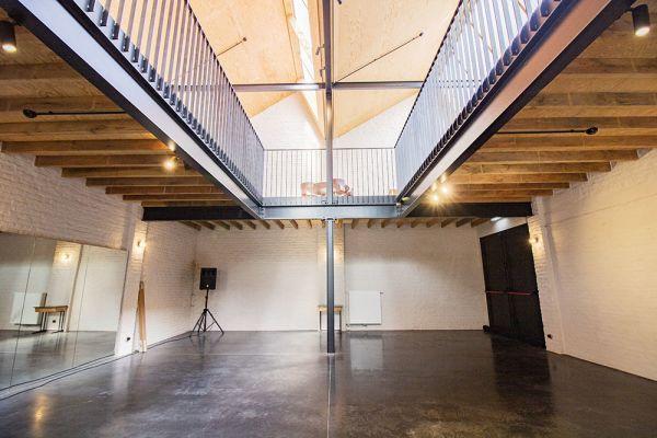 Photo d'une salle à louer à Sint-Amandsberg(Gent), Flandre Orientale, Dans le studio de Shanti 21236