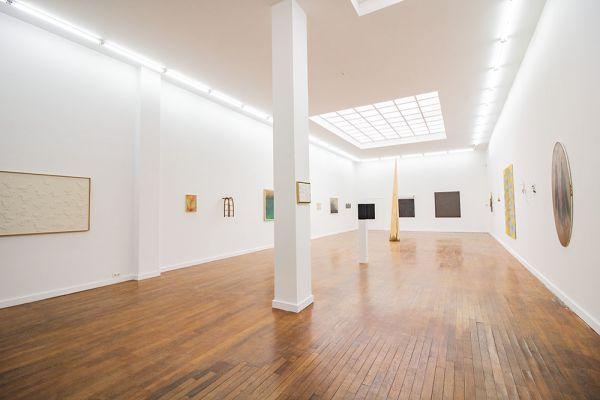 Photo d'une salle à louer à Brussel, Bruxelles, Dans la galerie de Laurence 21643