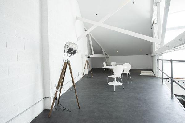 Photo d'une salle à louer à Antwerp, Anvers, Dans le loft de Josie 21661