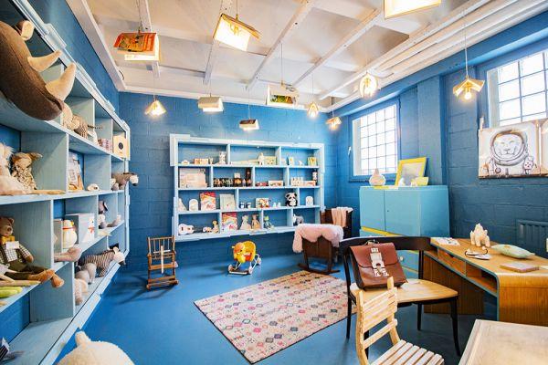 Photo d'une salle à louer à Haine-Saint-Paul, Hainaut, Dans le showroom de Stéphane 22160