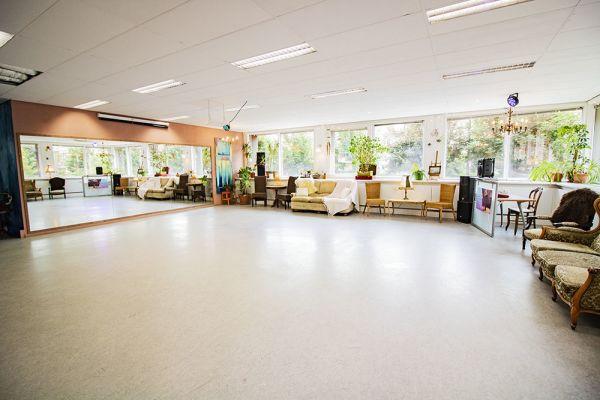 Photo d'une salle à louer à Elsene, Bruxelles, Dans le studio de Flavia 22199