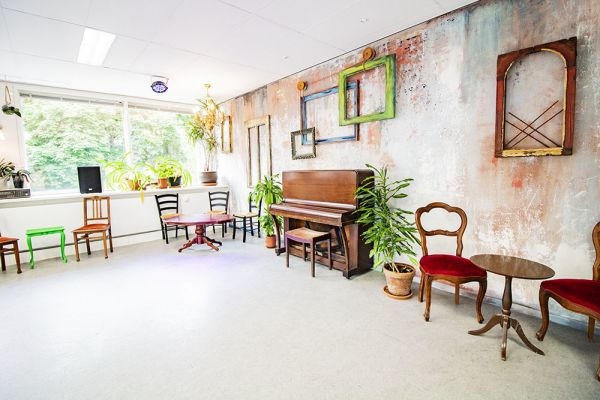 Photo d'une salle à louer à Elsene, Bruxelles, Dans le studio de Flavia 22202