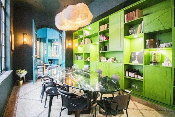 Photo d'une salle à louer à Elsene, Bruxelles, Dans le studio de Christophe 22227