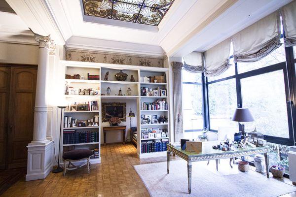 Photo d'une salle à louer à Brussel, Bruxelles, Dans la maison d'Isabelle 332