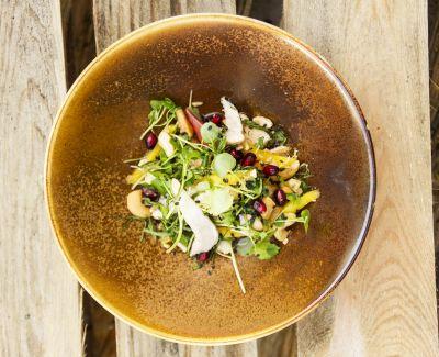 Photo menu Salade du potager aux herbes folles