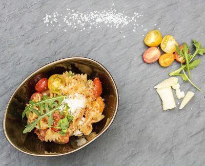 Photo menu Farfalle aux tomates demi séchées