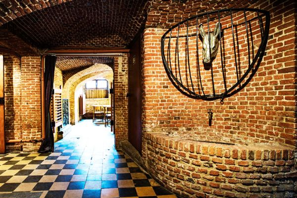 Picture of an event venue rental in Schaerbeek, Brussels, Inside Alexandra's basement and garden 750