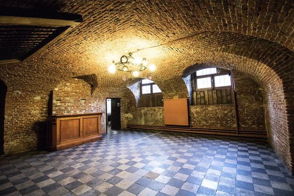 Picture of an event venue rental in Schaerbeek, Brussels, Inside Alexandra's basement and garden 756