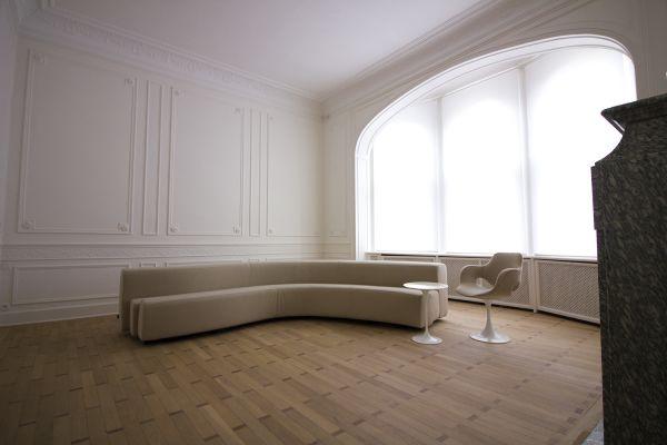 Photo d'une salle à louer à Ixelles, Bruxelles, Dans le salon de Raphaël 769