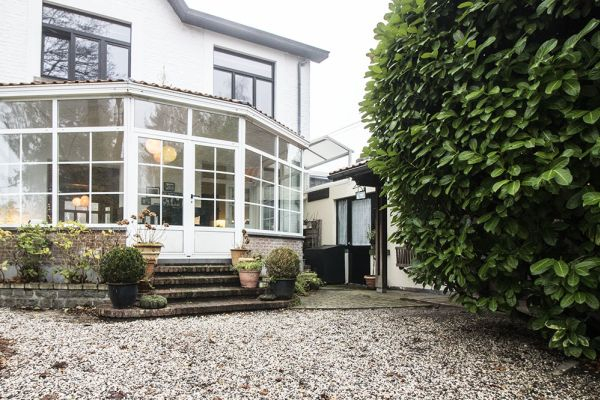 Picture of an event venue rental in Rixensart, Walloon Brabant, Inside Caroline's bay window house 780